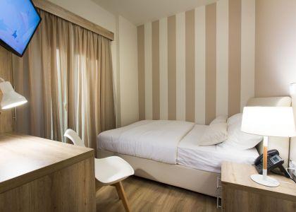 Standard Business Single Room